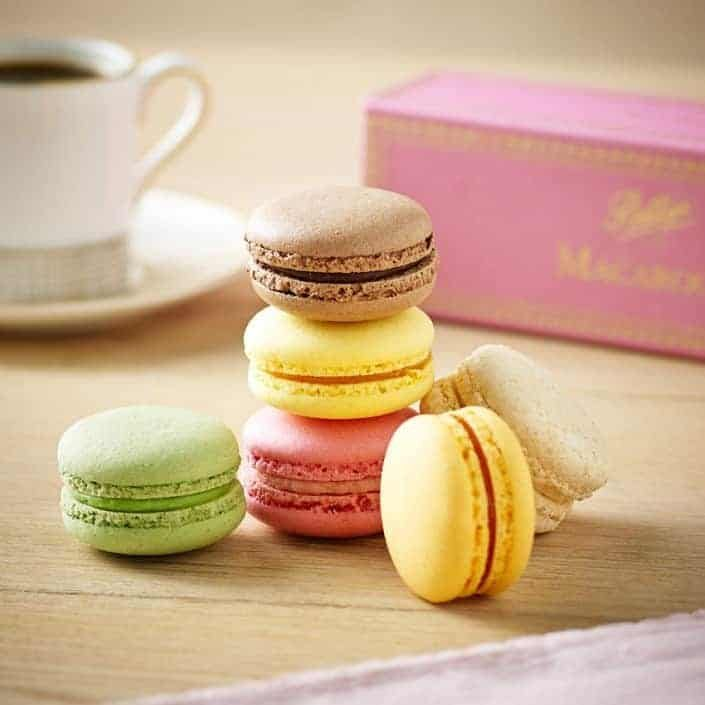 macaroons-box-of-6-2000586_6-2386238-4004592-1556003