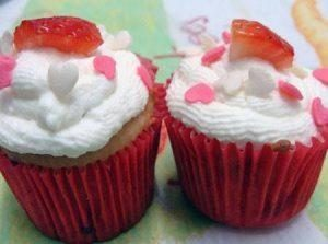 cupcake-de-morango-300x223-6630305-7458773-8280315