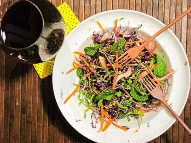 salada-simples-de-repolho_roxo_cenoura_couve_e_hortela-3803290-2198905-7447589