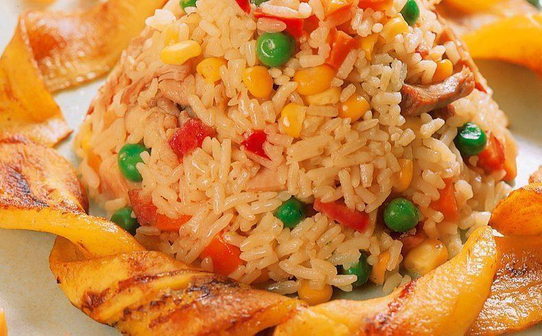 arroz-com-frango-7815691-8698142-4425109-9656032